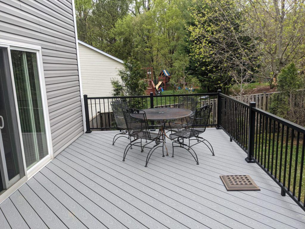 diagonal composite deck