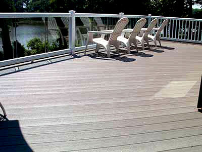 Composite Deck with glass balusters