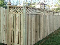 <b>Board on Board Wood Privacy Fence with Diagonal Lattice Top</b>