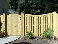 <b>Concave Dip Board on Board Wood Privacy Fence</b>