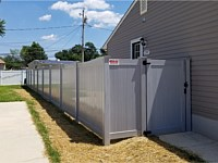 <b>Ash Gray Vinyl Privacy Fence and Gate</b>