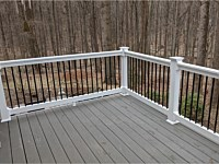 <b>Timbertech Terrain Silver Maple with White Vinyl Washington Railing with Black Round Aluminum Balusters</b>